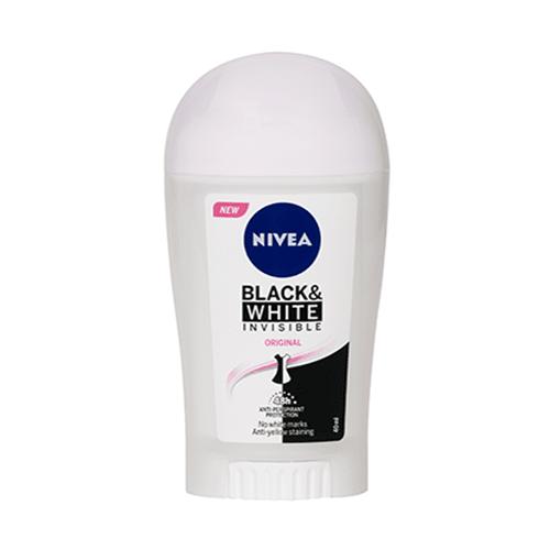 مزيل العرق ستيك للملابس السوداء والبيضاء من نيفيا - 40مل